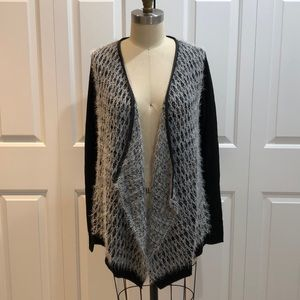 Venus Open Front Cardigan Size M Brand New